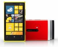 Nokia 發表兩款搭載 WP8 的 Lumia 手機,分別是 920 與 820