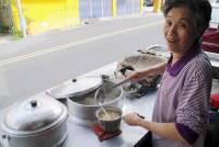 台南東門路 菜粽肉粽 阿嬷的笑~好正