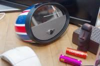 英倫經典時尚與科技 3C 的完美結合,iUi Mirror Boombox 動手玩