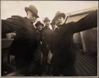 在 100 年前,五個男人是這樣自拍的!