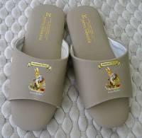 e鞋院 [狐狸村傳奇]舒適室內皮拖鞋 米