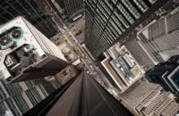 俯瞰城市看道路交織的風景