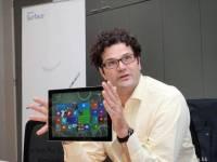 MacBook 是 Surface Pro 3 最大對手!專訪微軟 Surface 掌舵人 Bria