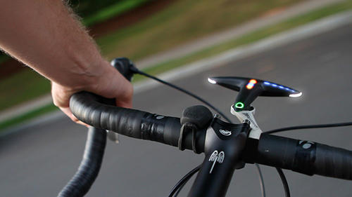 腳踏車騎士新武器:「槌頭」引路系統