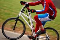Varibike 手腳並用「踩」單車