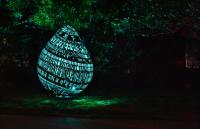 超大金屬鏤空蛋雕,夜晚最奇幻的裝置藝術