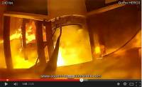 GoPro 超近距離拍攝火箭引擎噴發,然後被烤熟了