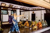 [面白日本] 東大五月祭特輯:弓道部「鳴弦之儀」-- 日本人傳承文化的方式就是不斷重做!
