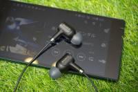 具 Hi-Res 認證與雙收音麥克風, Xperia 專用主動降噪耳機 Sony MDR-NC750 動手玩