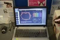 Computex 2013:神念科技的神奇腦波偵測,好玩的貓耳朵 直昇機控制