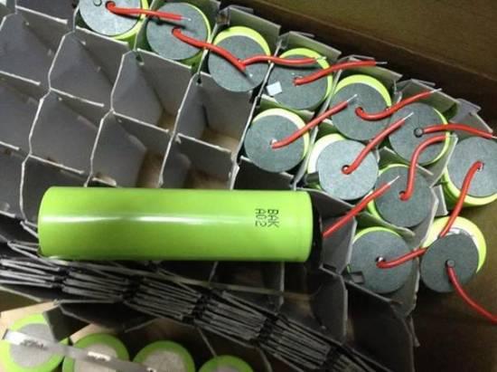 圆柱型锂电池生产技术较方形锂电池成熟图片